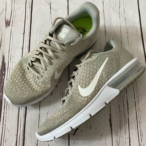Nike Women's Air Max Sequent 2 Sneaker 8.5 M Gray